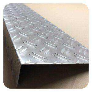 Alu Kantenschutz Riffelblech 1,5/2mm Duett Warzenblech Kantenschutzvon Stahlog